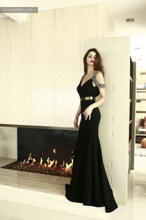 Nicole Bakti,Slim Gown Off Shoulder
